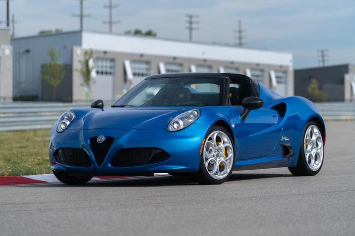 2019 Alfa Romeo 4C Spider Italia Front Blue Exterior