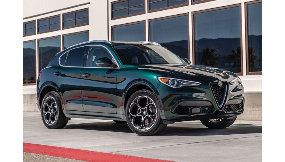 2020 Alfa Romeo Stelvio Front Exterior Picture